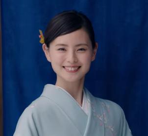 モスバーガー(2018)最新CMの女優は誰?着物の美人女性を調査!