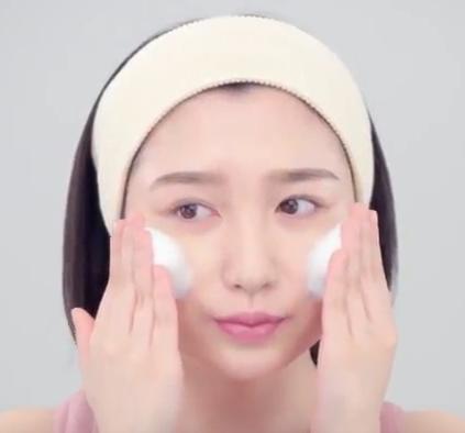 モッチスキン(2018)最新CMの女優は誰?洗顔してる女性を調査!
