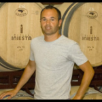 イニエスタのワインの販売店は?味の評価は?事業の失敗や負債も調査!