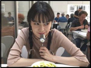 モスバーガーナンタコスcm女優誰