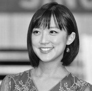 竹内由恵アナの彼氏の職業や画像が気になりますね。