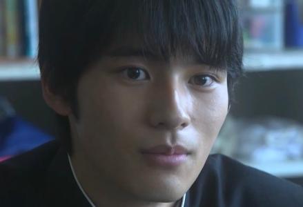 岡田健史の似てる芸能人はテヨンです