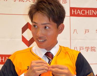 高橋優貴選手の出身中学やシニアチームはどこなんでしょうか。