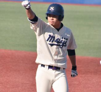 渡辺佳明さんの父親はどんな人でしょうか。