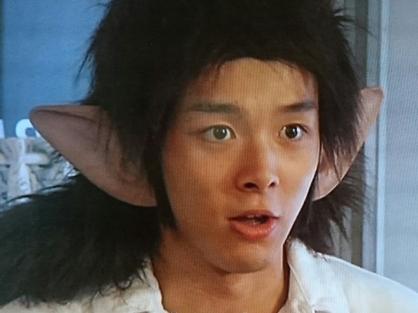 中村倫也,若い頃