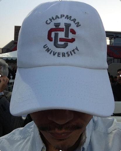 長男,チャップマン大学