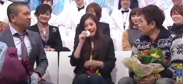 ダウンタウンとの共演で涙を流す篠原涼子