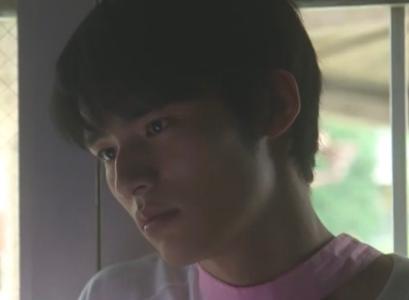 岡田健史が似てる